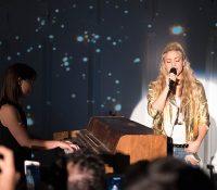 Pese a la lesión en sus cuerdas vocales, Shakira cantó para sus fans