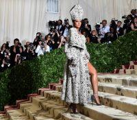 Rihanna se aliará con la marca LVMH
